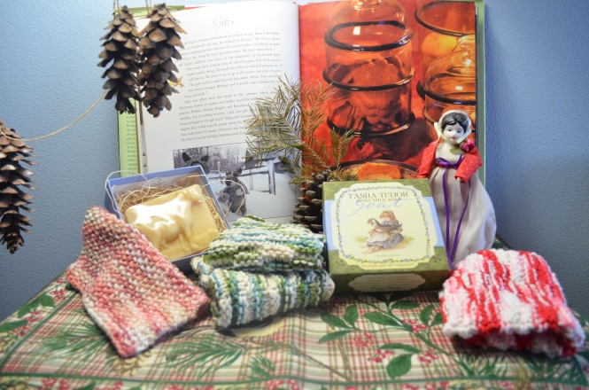 Old fashioned Christmas Gifts making with Tasha Tudor, Forever Christmas, Advent, St Nickolas