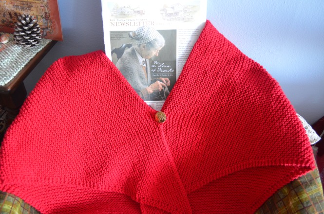Tasha Tudor style Hand knit red cotton shawl, hand knit triangle shawl http://www.tashatudormuseum.org/