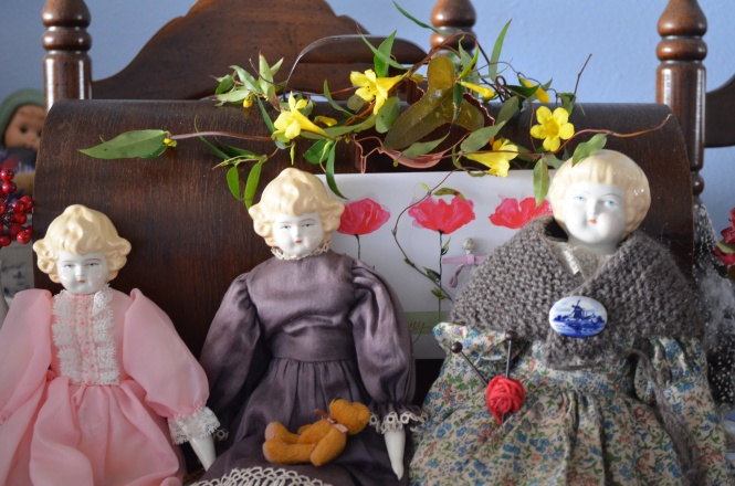 Tasha Tudor dolls Cottage Elegance Dolls shawls hand knit doll shawls spring cottage garden Tasha Tudor shawl gardening Mothers day