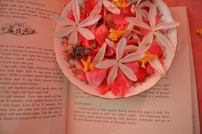 Rose petal potpurri Cottage elegance potpourri  elegantlyhandmade