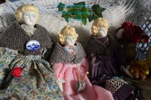 Tasha Tudor style doll shawl Annabelle shawl hand made gifts PDF patterns collecting dolls the dolls Christmas Doll collecting