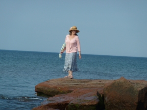 Peaceful relaxing Sunday Stroll on the shores of PEI