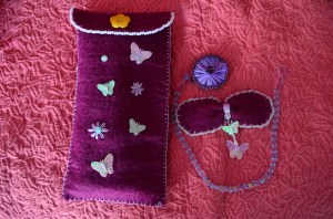Comforts of home handmade home felt note book pencil case hair bow necklace